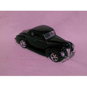 Miniatura Ford 5 Window Coupé.