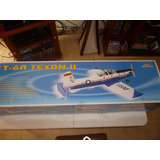 Avion At-6 Ii Texan Artf Tamaño 90 Seagull Models
