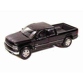 Maisto Chevrolet Silverado 1/27 Escala Diecast Modelo Pick-u