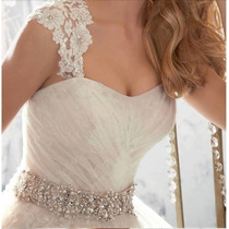 Vestido De Novia . Bretel Desmontable Y Moño