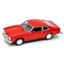 Motor Max 1:24 W/b American Classics - 1974 Ford Maverick