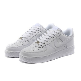 air force blancas bajas