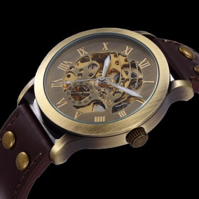 Reloj Skeleton Con Remaches De Bronce