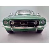 Ford Mustang 1968 Fastback Maisto 1/18 Bullit