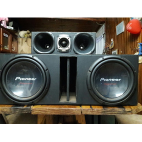 Caja De Audio Alfombrada. Con Potencia Boss 3500w