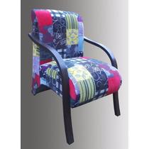 Poltrona Decorativa Patchwork - Braços Madeira - Cadeira