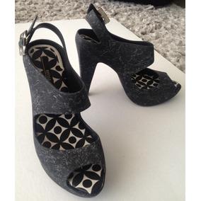 Sandalias Plataforma Negras Y Blancas De Diseño Olor Chiclet