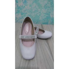 68206977 Zapatos Para Nino Andrea - Ropa, Bolsas y Calzado Blanco, Usado en ...