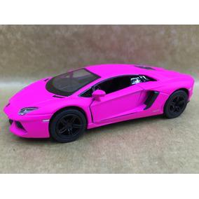 Miniatura Lamborghini Aventador Rosa Mede 13 Cm