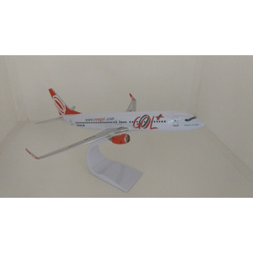 Maquete Em Resina Avião Boeing 737-800 Gol +