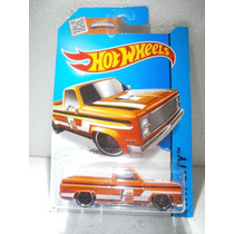 Hot Wheels 83 Camioneta Chevy Silverado Naranja 16/250 2015