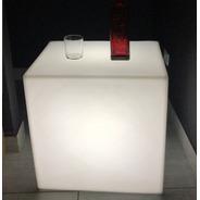 Puff Artiuminacao - Cubo 55 Led Rgb - Controle Remoto