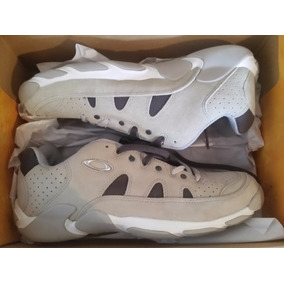 Zapatos Tenis Oakley Cement/grey Talla 10,5 Usa 8.5 Mx