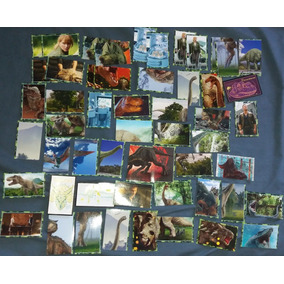 47 Figurinhas Álbum Jurassic World: Reino Ameaçado