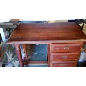 Escritorio de algarrobo usada escritorios usado en for Mesa algarrobo usada