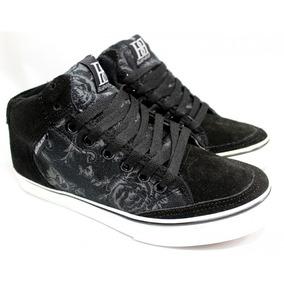 Zapatilla Black In Black Skater Gamuza 5554-02