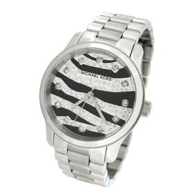 27512d5886cb1 Relógio Michael Kors Mk 5248. Preto E Prata - Relógios De Pulso no ...