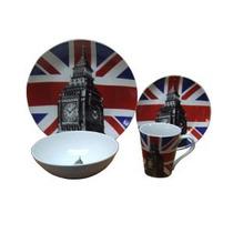 Vajilla Para 4 Personas Diseño Bandera Británica Y El Reloj