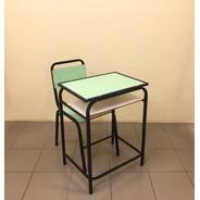 Conjunto Escolar Carteira E Cadeira Lousa Multi Lamin. Verde