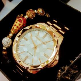 5a2fd9b3fc2f3 Relógio Michael Kors Com Brindes - Relógios De Pulso no Mercado ...