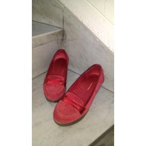 Zapatos Rojos Tipo Mocasin Con Bordes Color Metalizado