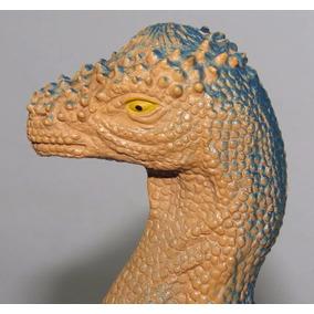 Dinossáuro De Brinquedo, Material Emborrachado Duro.