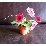 Macetita De Cerámica Con Flores De Tela 6 Cm De Alto