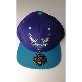 Gorra Mitchell & Ness Charlotte Hornets 7 3/4 $455 Pesos