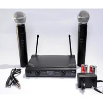 Microfone Sem Fio Duplo Wireless 100mt Uhf Karaokê Kit Com 2