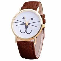 Reloj En Forma De Gato Kitty Dorado Color Café