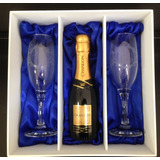 Kit Com 2 Taças Para Champanhe + 01 Baby Chandon 187 Ml