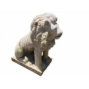 Escultura Leão Em Pedra De Rocha