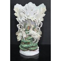 Vaso Em Porcelana Antiguissima Todo Em Relevo Pintado À Mão