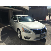 Nissan Altima 4p Advance Navi Piel Q/c Cvt 2013
