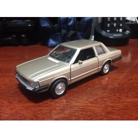 Carro Miniatura Metal Clássicos Nacionais - Ford Del Rey