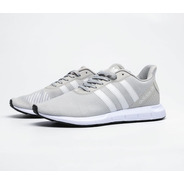 Tenis Swift Run Gris/blanco adidas 3 Stripes.