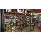 Amoblamiento-muebles Para Negocio En Madera.