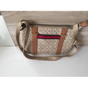 156455a96 Bolsa Pequena Da Tommy Hilfiger. - Acessórios da Moda no Mercado ...