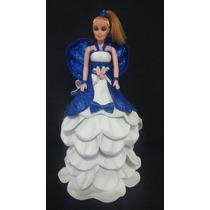 Boneca Com Vestido Feito Em Eva
