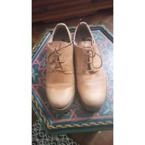 Zapatos De Cuero Camel Con Cordones Taco Y Suela De Goma