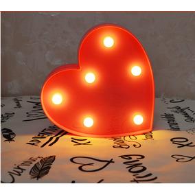 Luminoso De Plástico Led Coração Pequeno Vermelho Pilha 16cm