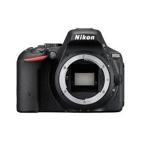Camara Reflex Nikon D5500 (body).