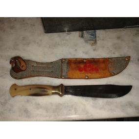 Faca De Coleção Confeccionada Com Lâmina Em Aço Inox E Cabo