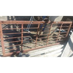 Porta De Grade Em Ferro 2,10x0,85 Black Friday Tetra Chave