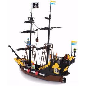 Brinquedo Navio Pirata Do Caribe Bloco De Montar Legoe 570pç