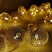 Cordão C/ 20 Leds - Bolas Trançadas Douradas 8m 127v