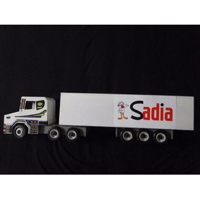 Novo Caminhão Brinquedo Sadia Bau Abre Bitrem Scania Madeira