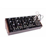 Moog Mother 32 Sintetizador Semi Modular