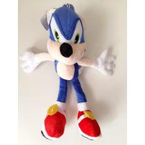 Boneco Pelúcia Sonic Com Som Sega 30cm