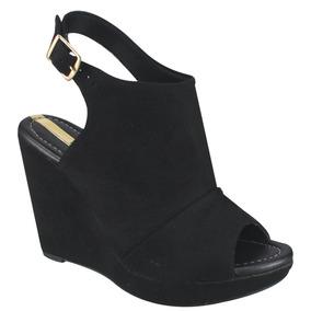 3d6b9ccb3 Calça Com Estrais Anabela Moleca Botas - Sapatos para Feminino no ...